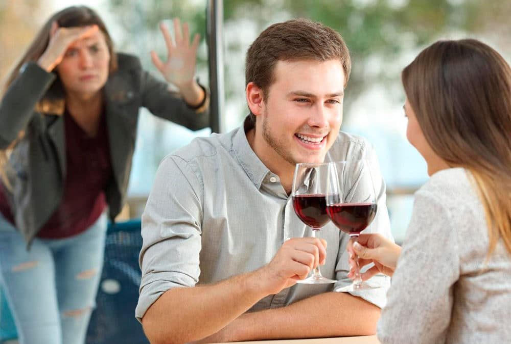 ¿Por qué atraigo hombres casados?