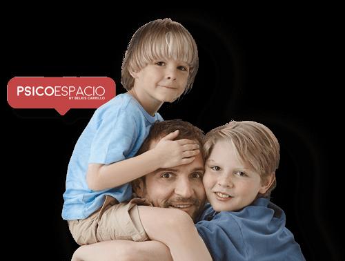 Padre y sus hijos